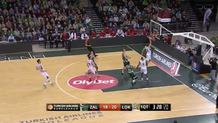 Broekhoff Finishes Fast Break with Authority