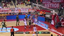 Vassilis Spanoulis Cuts through the Defense