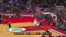 Simonovic steal and fastbreak basket