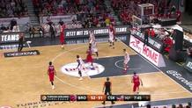 Moscow Goes Back in Front with the Three-Pointer