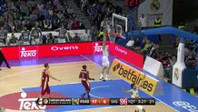 Magic assist by Llull for Maciulis' slam!