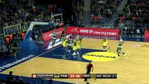 Pavlovic fastbreak dunk