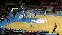 Reggie Redding (Darussafaka) three-pointer
