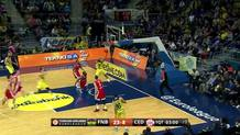 Ricky Hickman (Fenerbahce) layup on the break