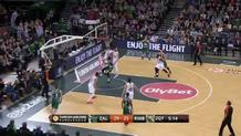 Andres Nocioni (Madrid) blocked shot
