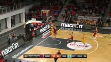 Strelnieks scrambles for fastbreak layup