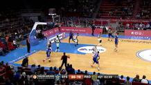 Dario Saric (Efes) three-pointer