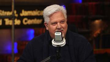 "Ep 415 | Calling Out the FBI's ""MEN IN BLACK"" Comes with Consequences 
