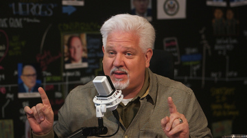 10/30/19 | Investigating Biden IS in Our National Interest | Guests: Nick Di Paolo & Todd McMurtry | The Glenn Beck Program
