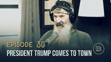 Ep 30 | Secret Handshake with President Trump & Phil Is a Kanye Fan | Unashamed with Phil Robertson