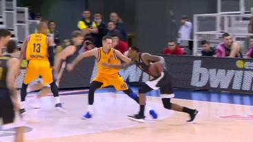 ROUND 21: James Nunnally (22 points) Highlights vs. Herbalife Gran Canaria, 02/01/2019